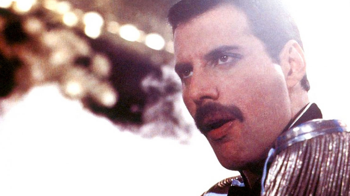 Freddie Mercury, a 33 años de 'Living On My Own'