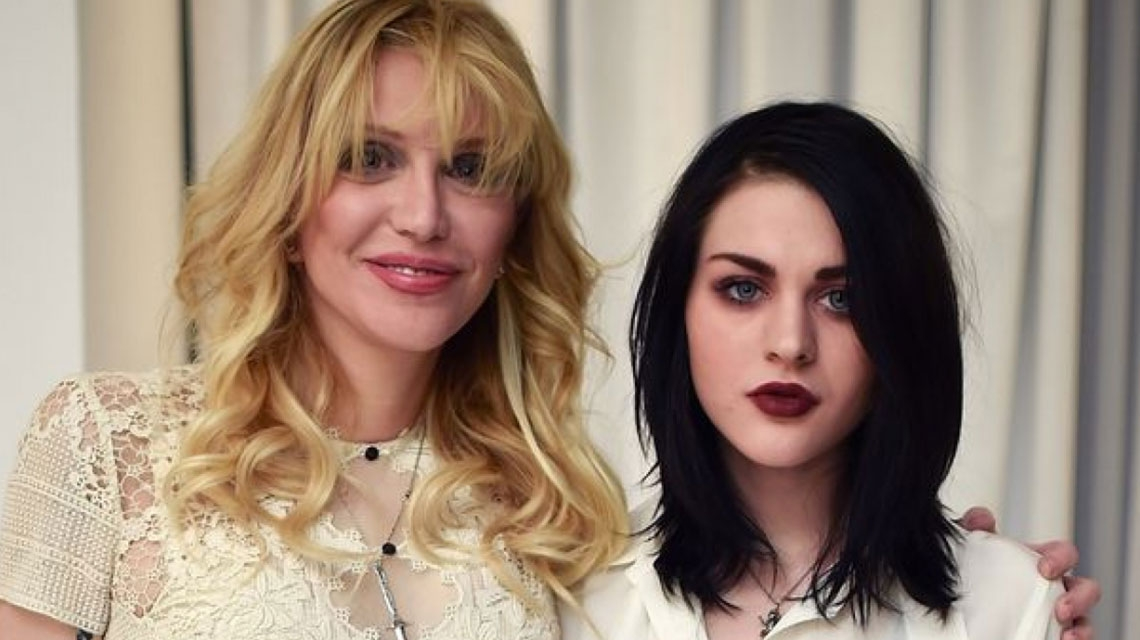 Courtney Love y Frances Bean obtienen orden de restricción contra su ex manager
