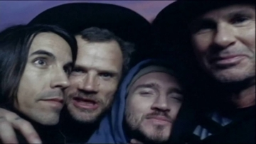 'Desecration Smile', de Red Hot Chili Peppers, cumple 13 años