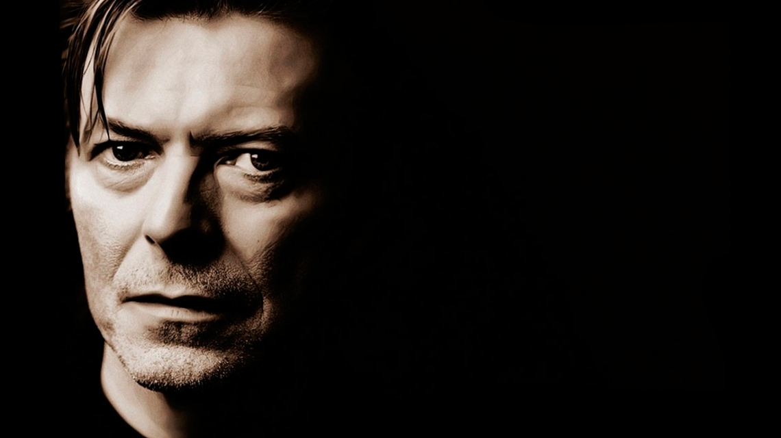 David Bowie, homenajeado por Alex Turner