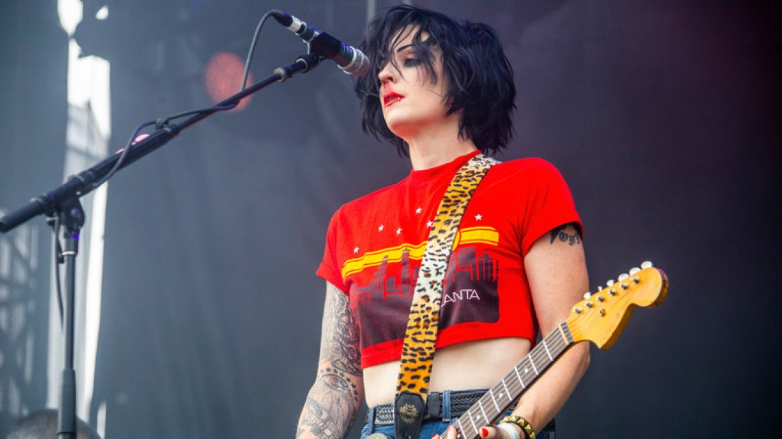 The Distillers regresan con su nuevo sencillo 'Man Vs. Magnet'